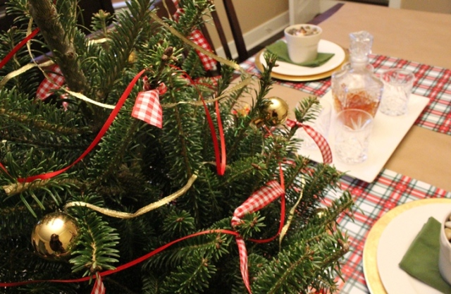 Woodsy Christmas Tablescape   This Nest is Best
